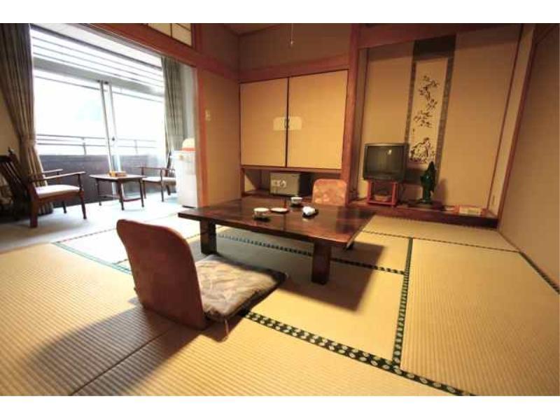 Tsutaya Hijiori Hotel, Ōkura
