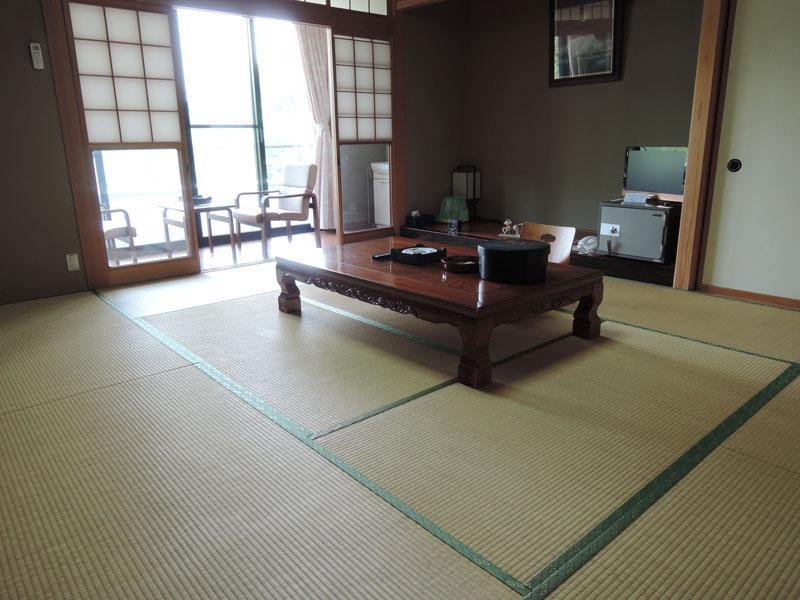 Lodge Yamaboshi, Takaoka