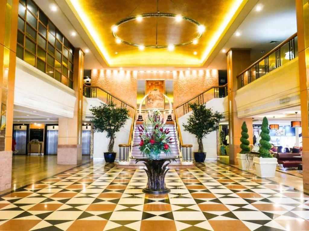 The Berkeley Hotel Pratunam - TripAdvisor: Read Reviews