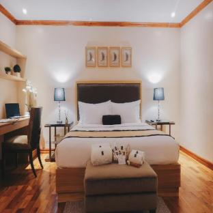 Luxo Suites
