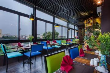 Best Hotels in Hanoi, Vietnam: From Cheap to Luxury Accommodations and Places to Stay