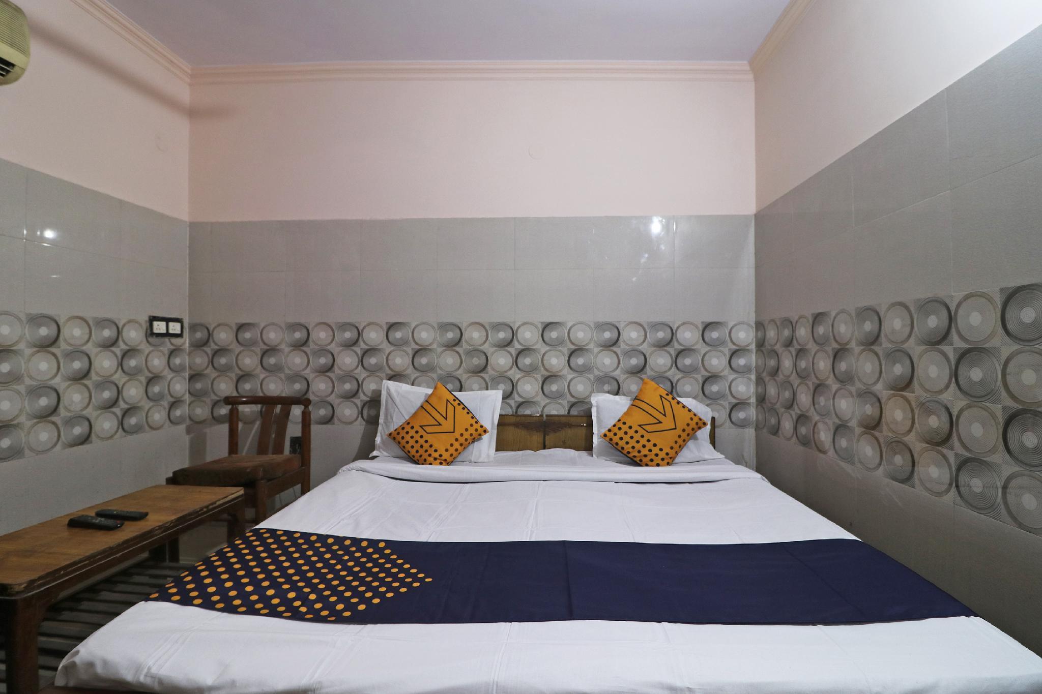 SPOT ON 61735 Shri Ram Residency, Sonipat
