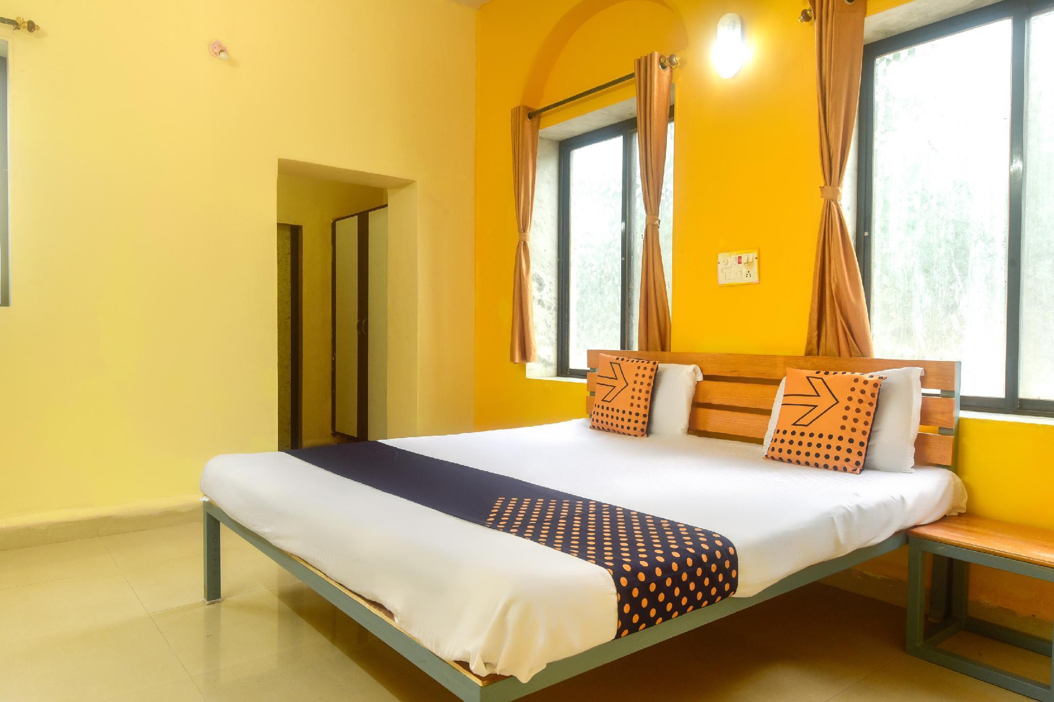 SPOT ON 63443 Aanand Resort, Palghar