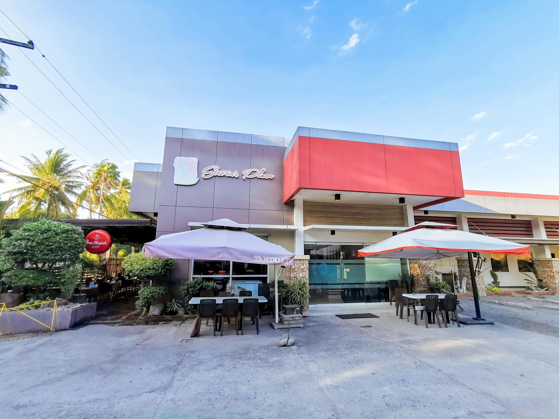 Reddoorz Plus near Robinsons Place Gensan, General Santos City
