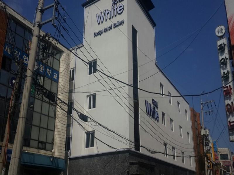 White Hotel, Suwon