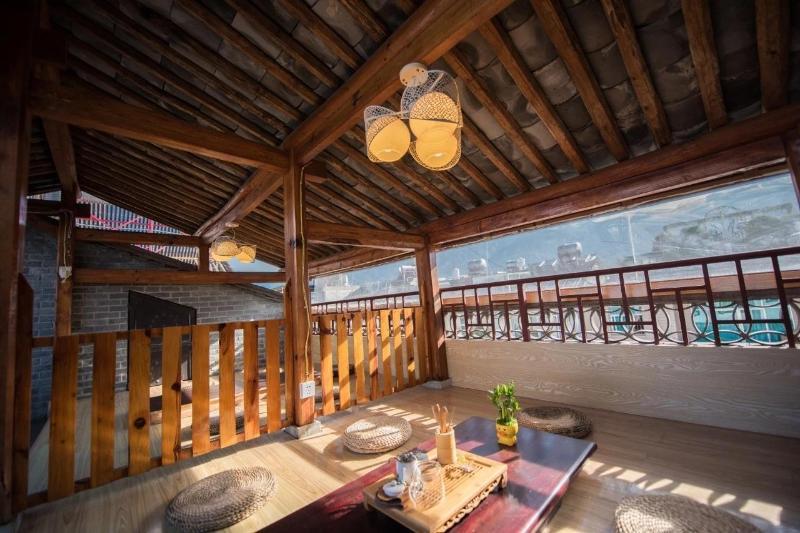 住宿 酒魂·復古大床房(205)大理古城別邸會館 (Wine Spirits(205) Biedi Hall in Dali Ancient City) No. 62, Fuan Lane, Renm..