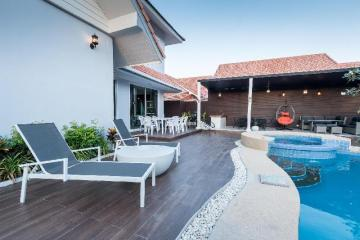 Villa avec piscine à Hua Hin, vue sur Baan Kiang Lay Phu