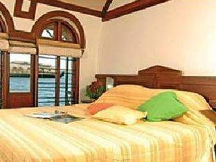 Best Price on Lemon Tree Vembanad Lake Resort in Alleppey