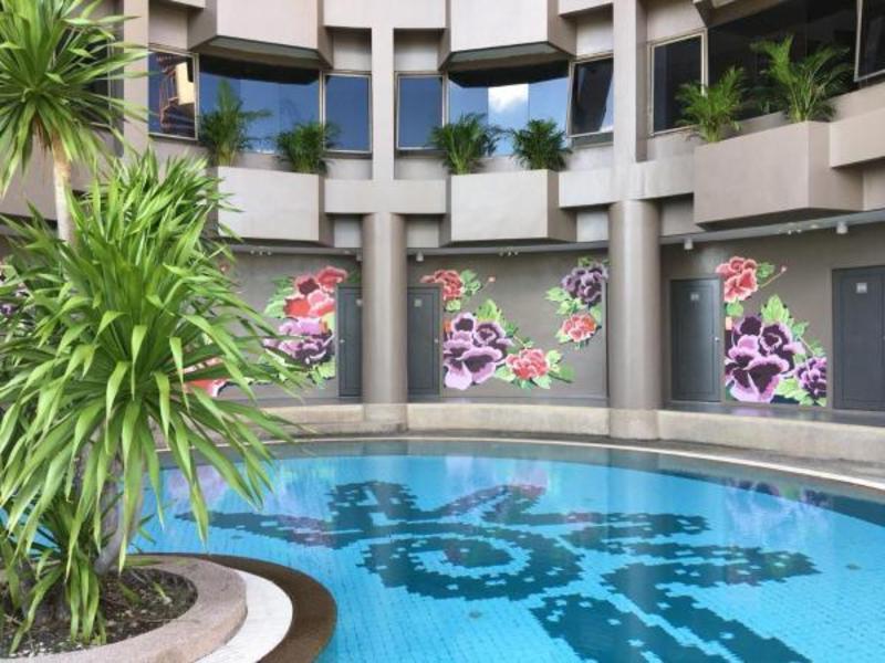 I Pavilion Hotel