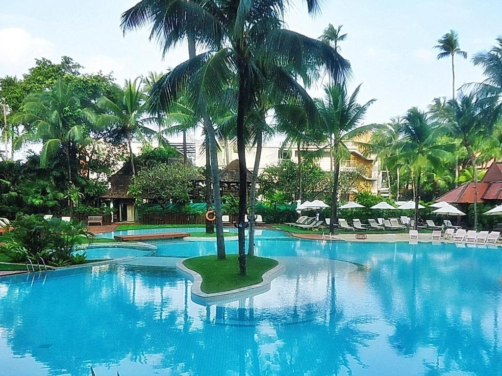 Best Price on Patong Beach Hotel in Phuket + Reviews