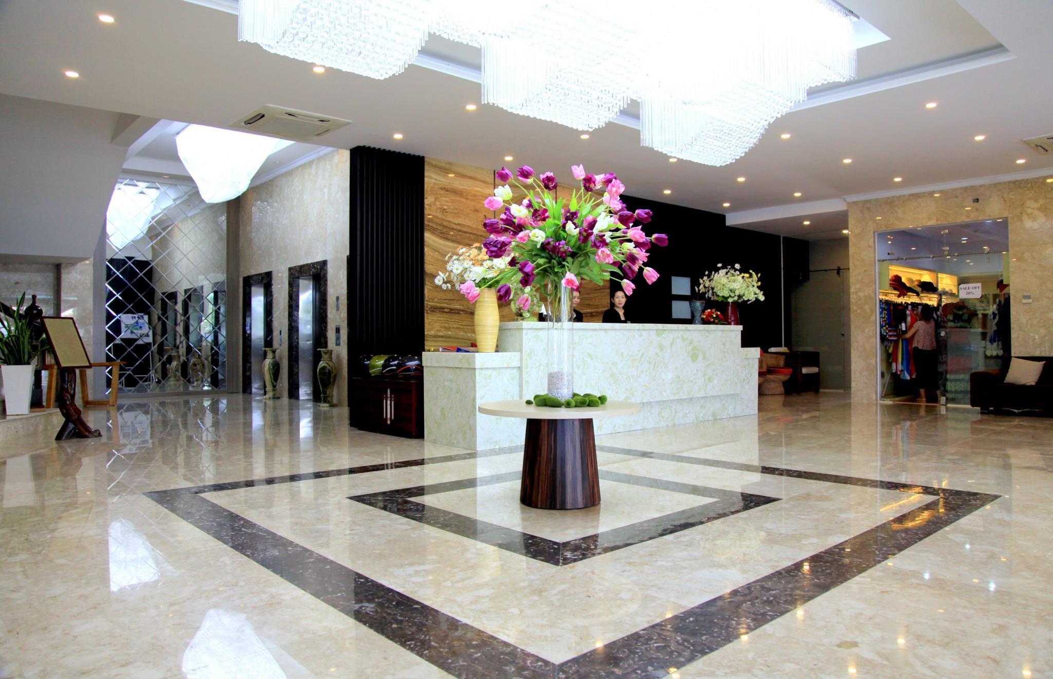 Khách Sạn The Light Nha Trang ( Duyên Hải Hotel )