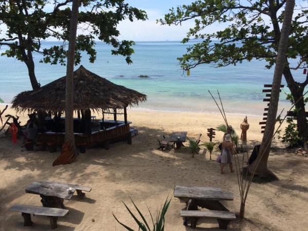 Golden Pearl Beach Resort Koh Jum / Koh Pu