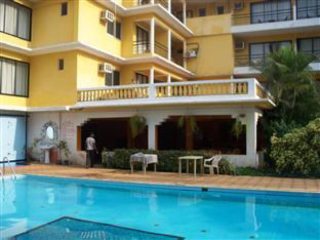 Best Price On Peninsula Beach Resort In Goa Reviews