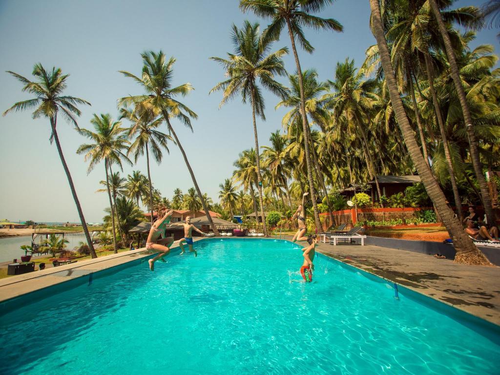 Best Price On Riva Beach Resort In Goa Reviews