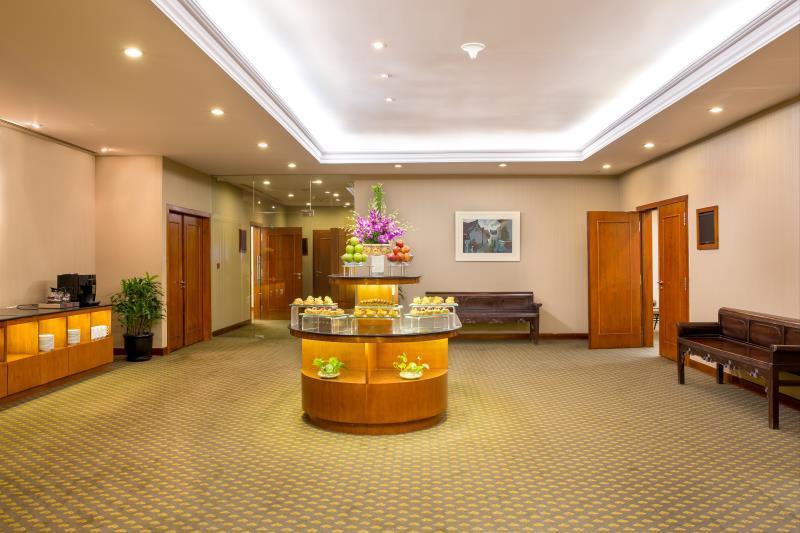 Khách Sạn Duxton Hồ Chí Minh