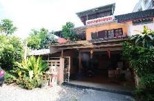 Hug Chang House