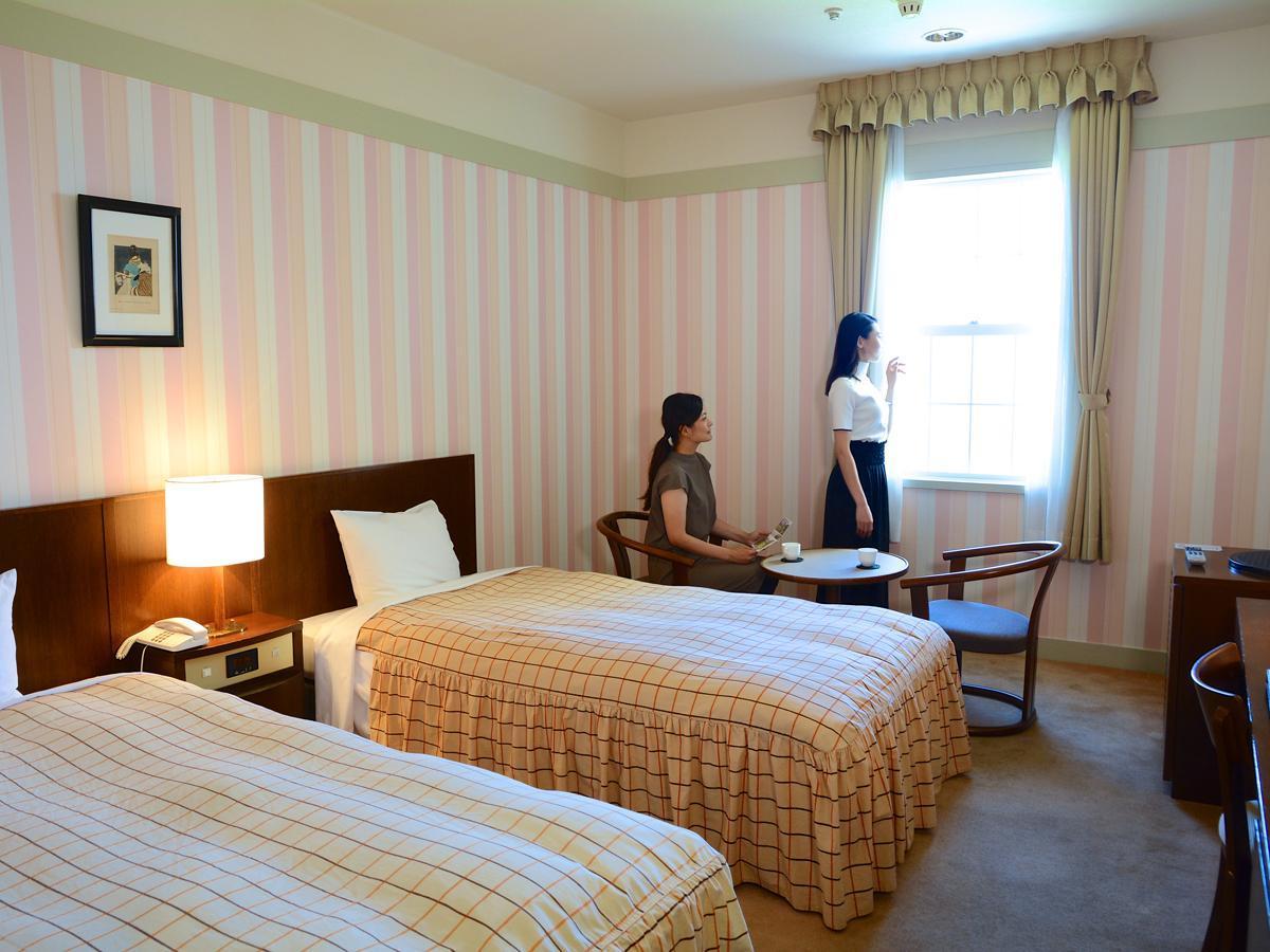 Yugashima Golf Club & Hotel Toen, Izu