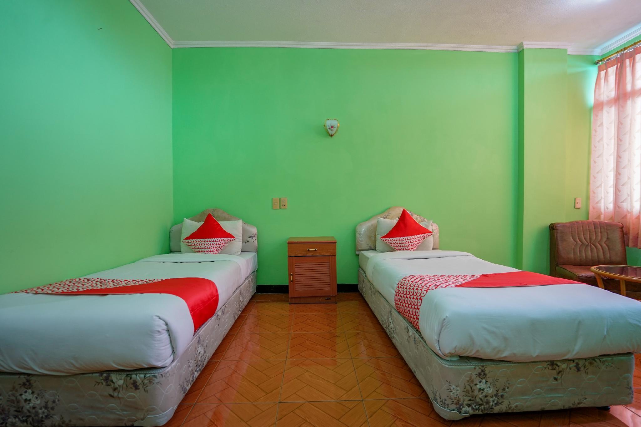 OYO 1389 Hotel Carissima
