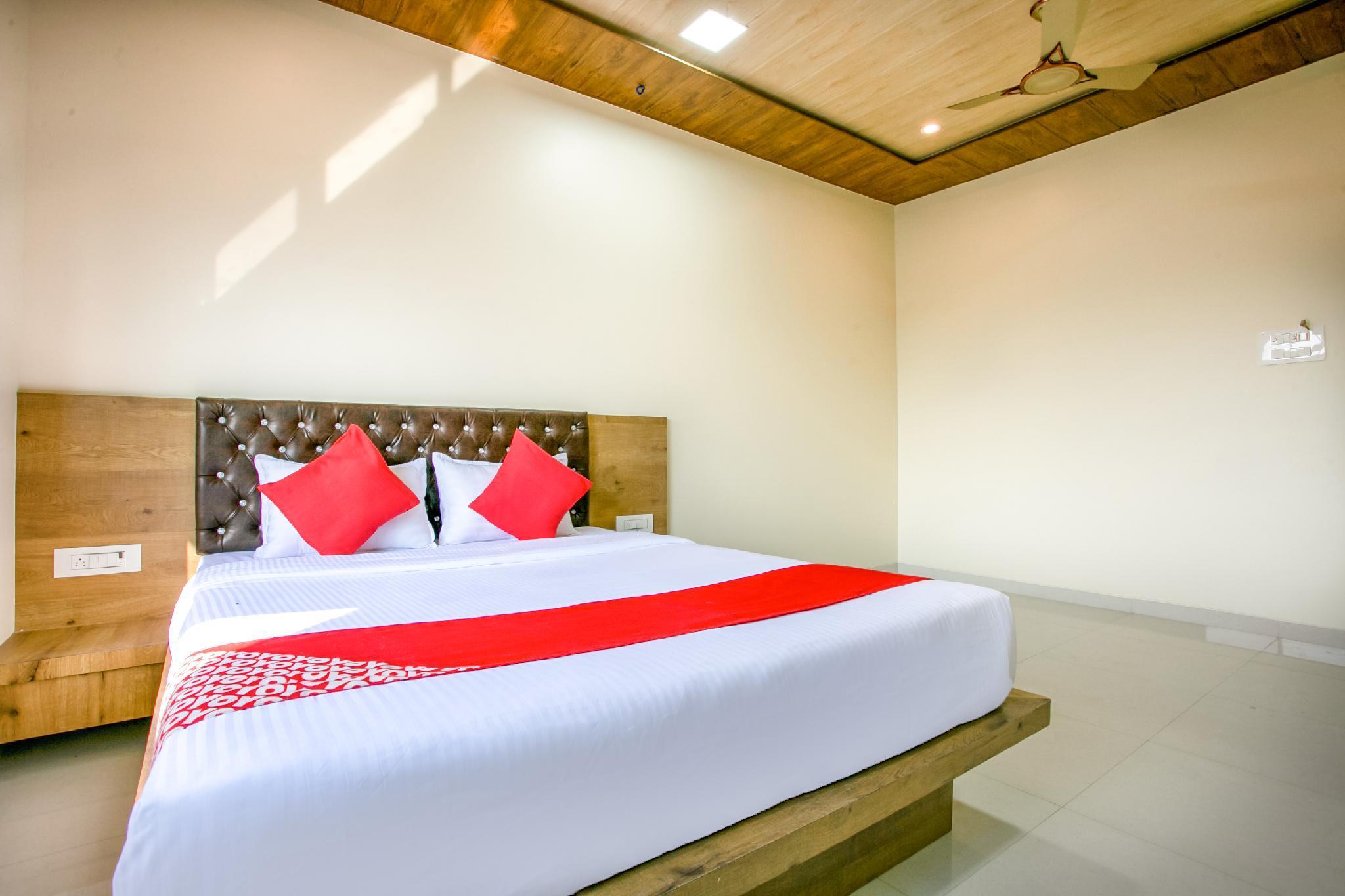 OYO 63559 Prashanti Hotel, Palghar