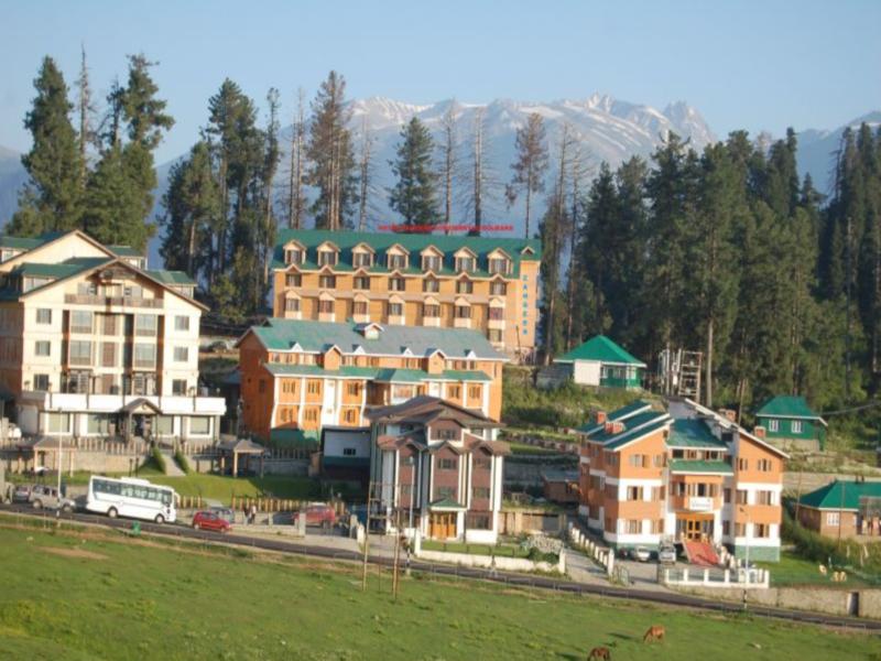 Hotel Zahgeer Continental, Baramulla