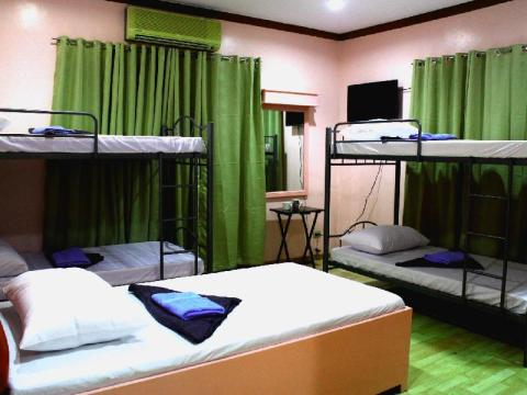 cheap hostel in Tagaytay for backpackers