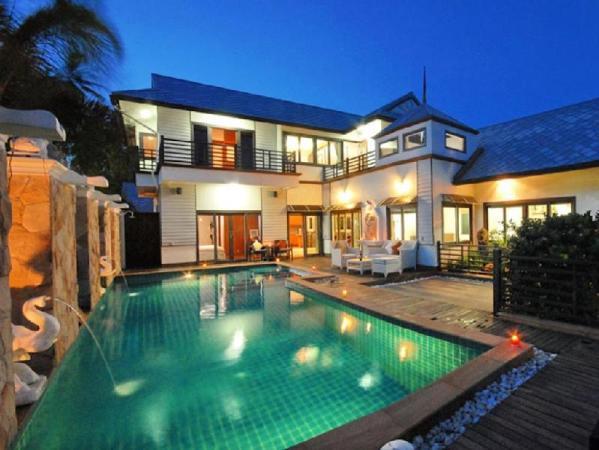 4 Bedroom Luxury Villa P1 Chaweng Koh Samui