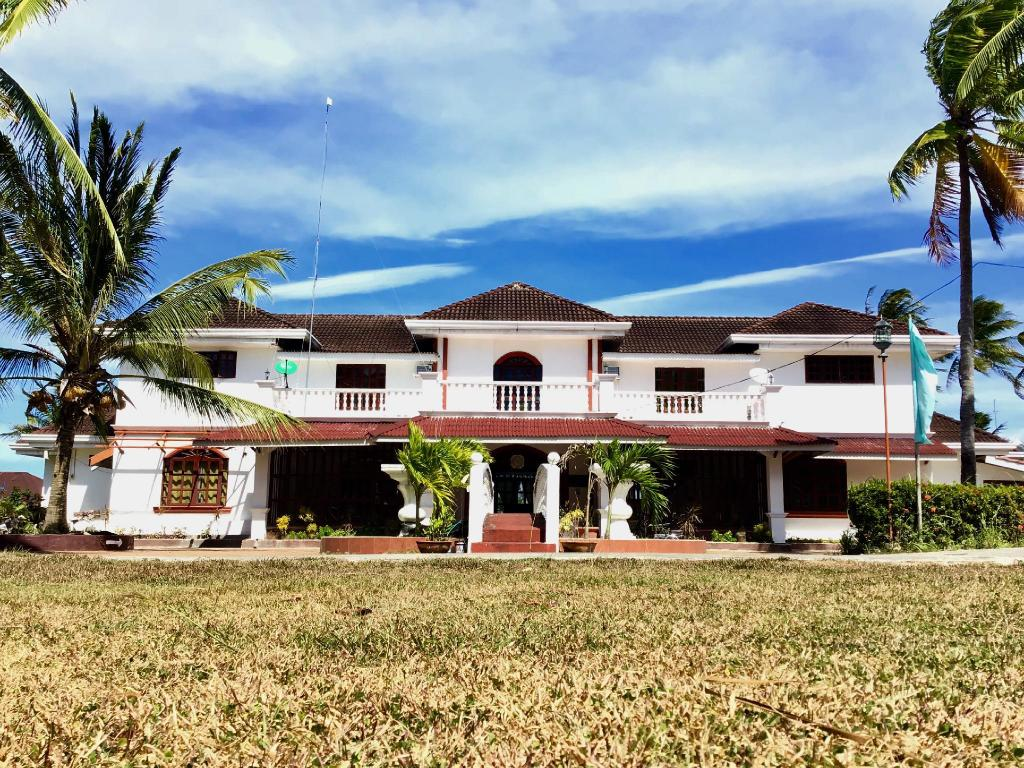where to stay in Guimaras Island