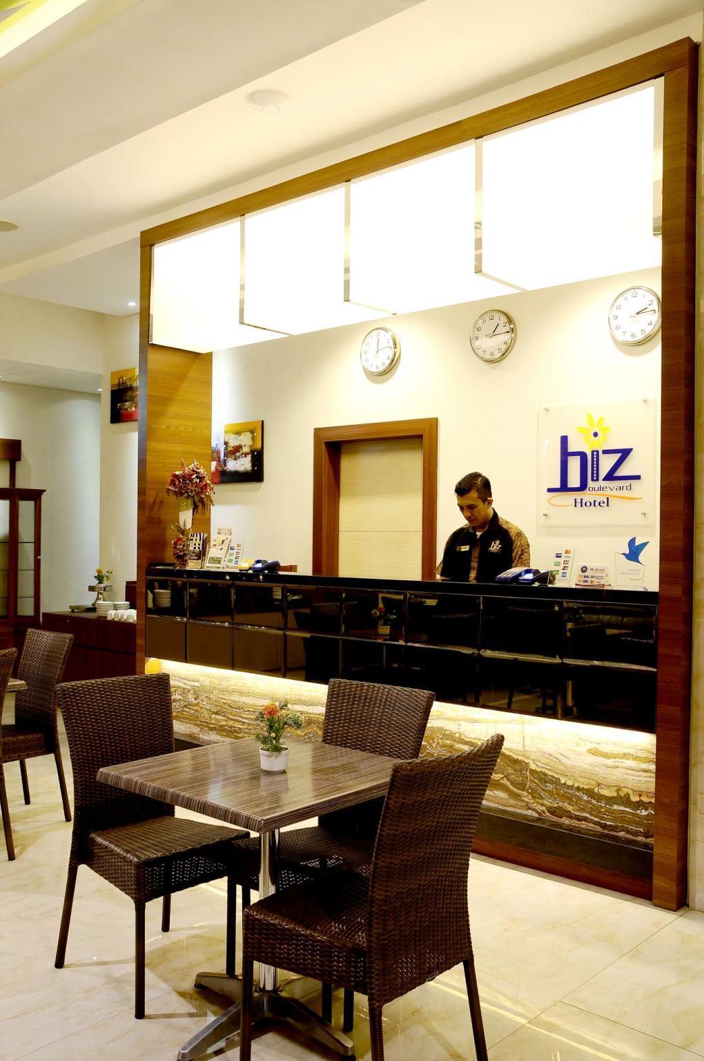 Biz Boulevard Hotel Manado