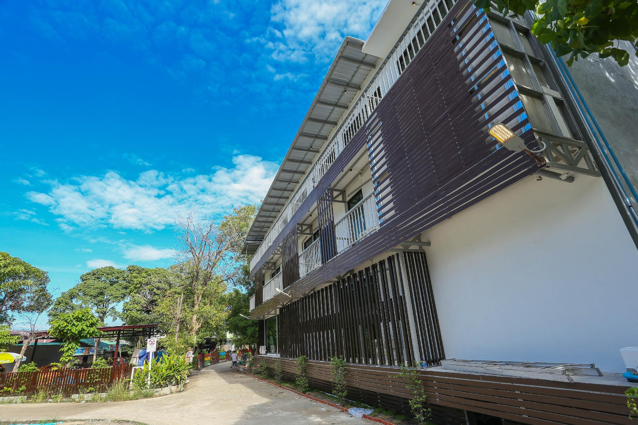 A Plus Hotel Koh Lipe - Hostel, Muang Satun