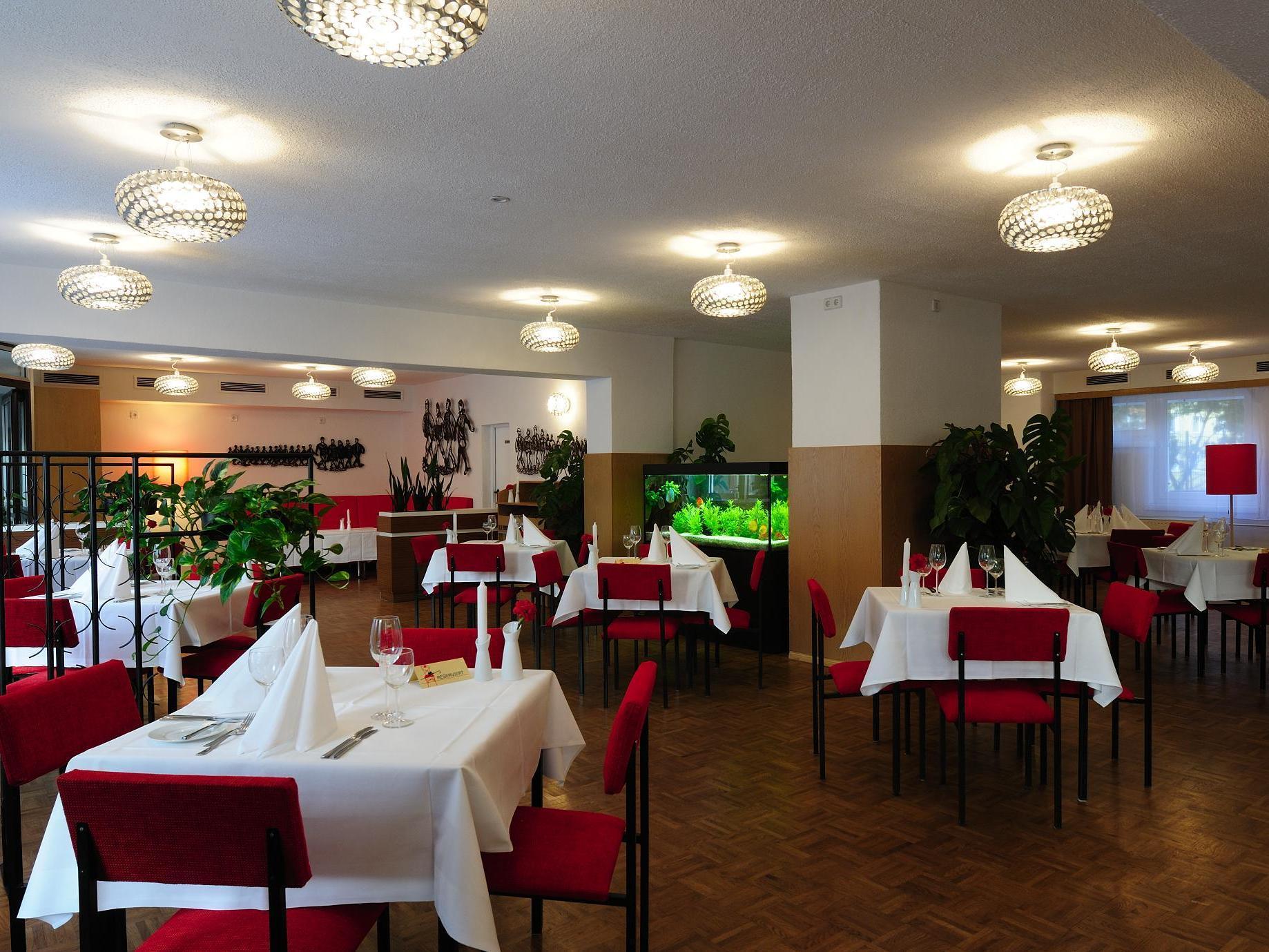 Ostel Hostel, Berlin