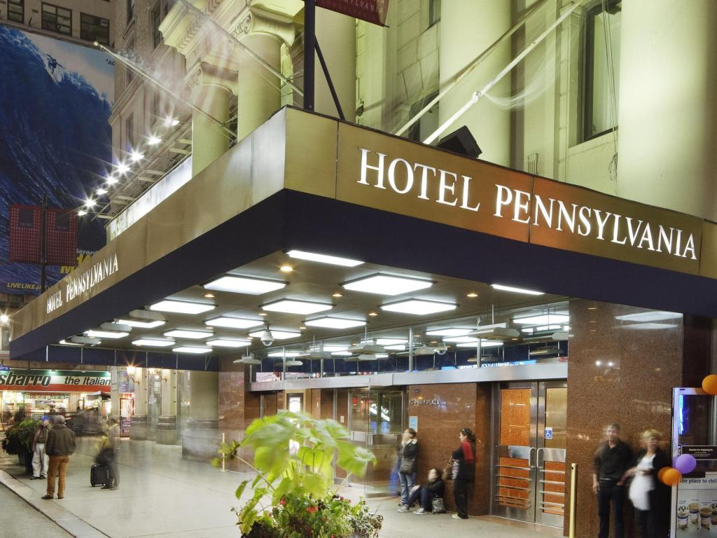 Best price on hotel pennsylvania in new york ny reviews for Hotel new york