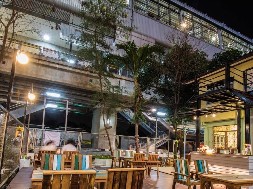 Nang Ta Yon @ Ban Thap Chang Hostel, Prawet