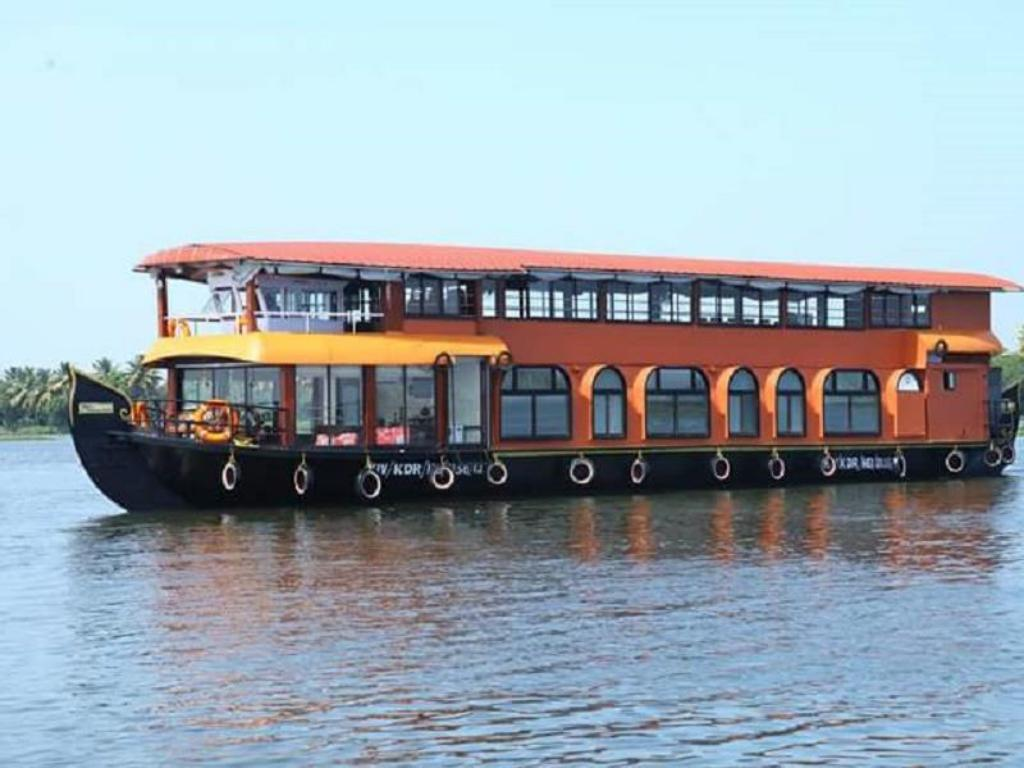 best price on sri swasti houseboat in kumarakom reviews