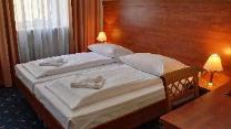 Phòng giường đôi (Double Room)