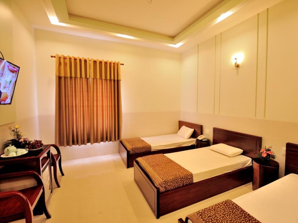 Phòng 3 người 3 giường đơn