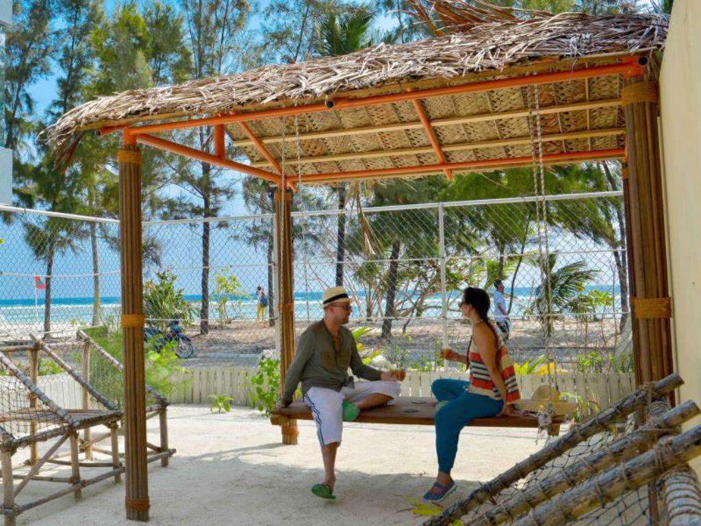 Best Price On Coconut Tree Hulhuvilla Beach In Male City And Airport Reviews