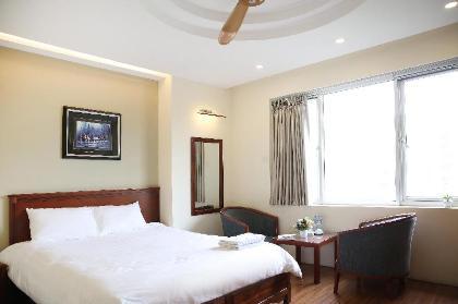 Khách sạn & Căn hộ V-Studio 3