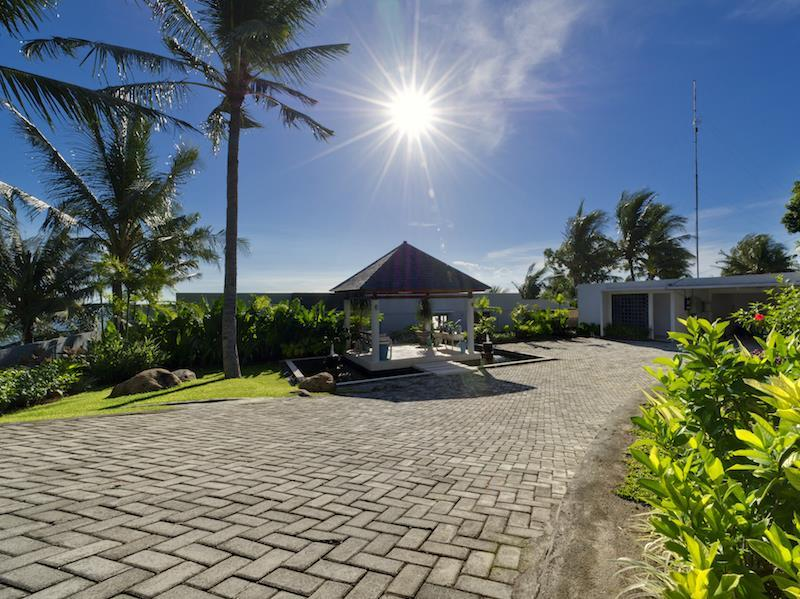 Malimbu Cliff Villa Lombok