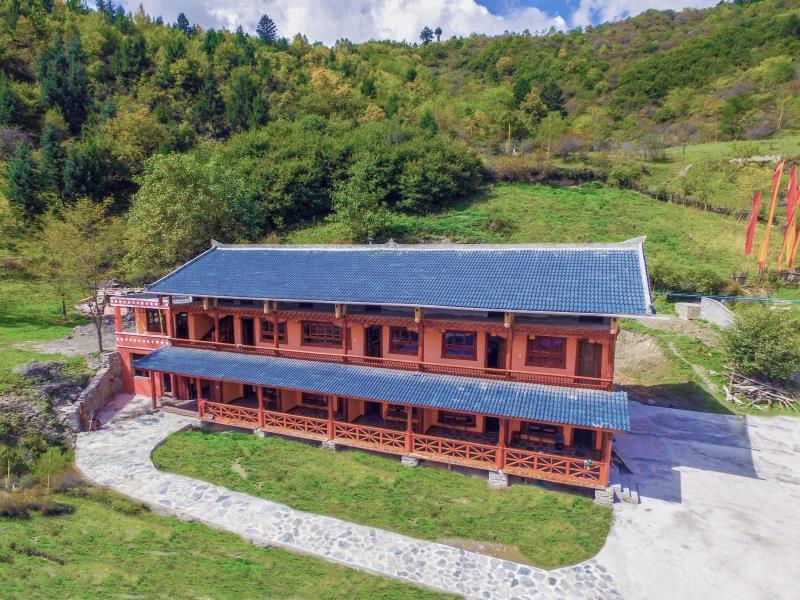 A Bu Lu Zi Eco Lodge, Ngawa Tibetan and Qiang