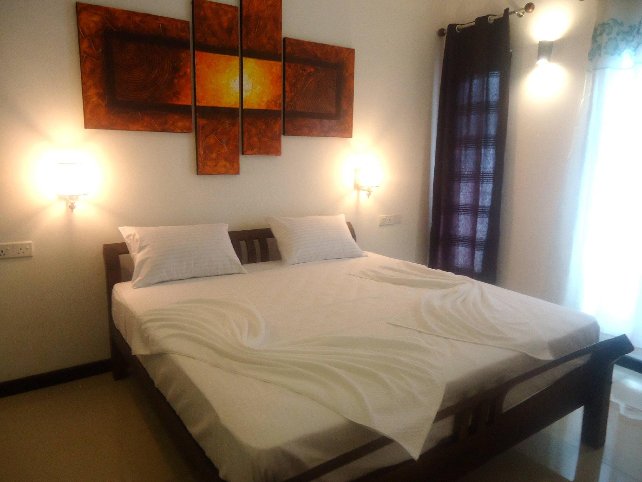 Hotel Ocean Park, Trincomalee Town and Gravets