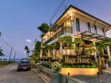 Magic House Resort Unterkunft in Chumphon