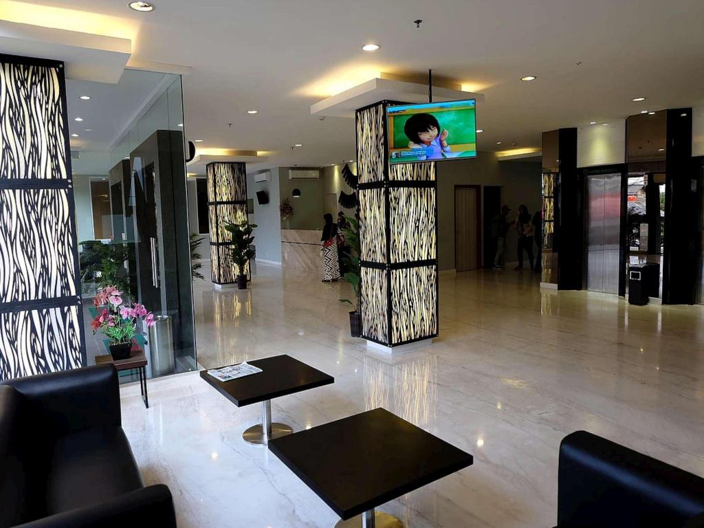 Best Price on Hotel Fiducia Pondok Gede in Jakarta + Reviews!