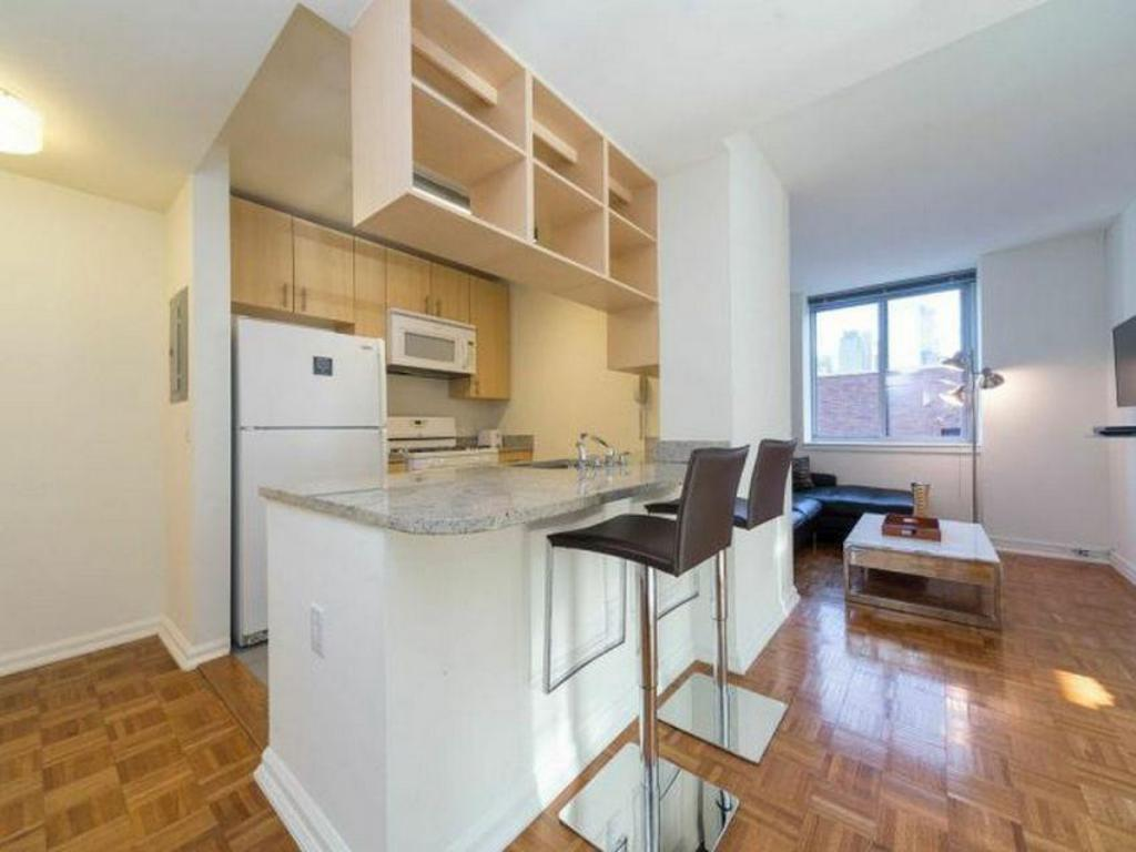 hells kitchen times square 2 bedroom 17l in new york ny reviews