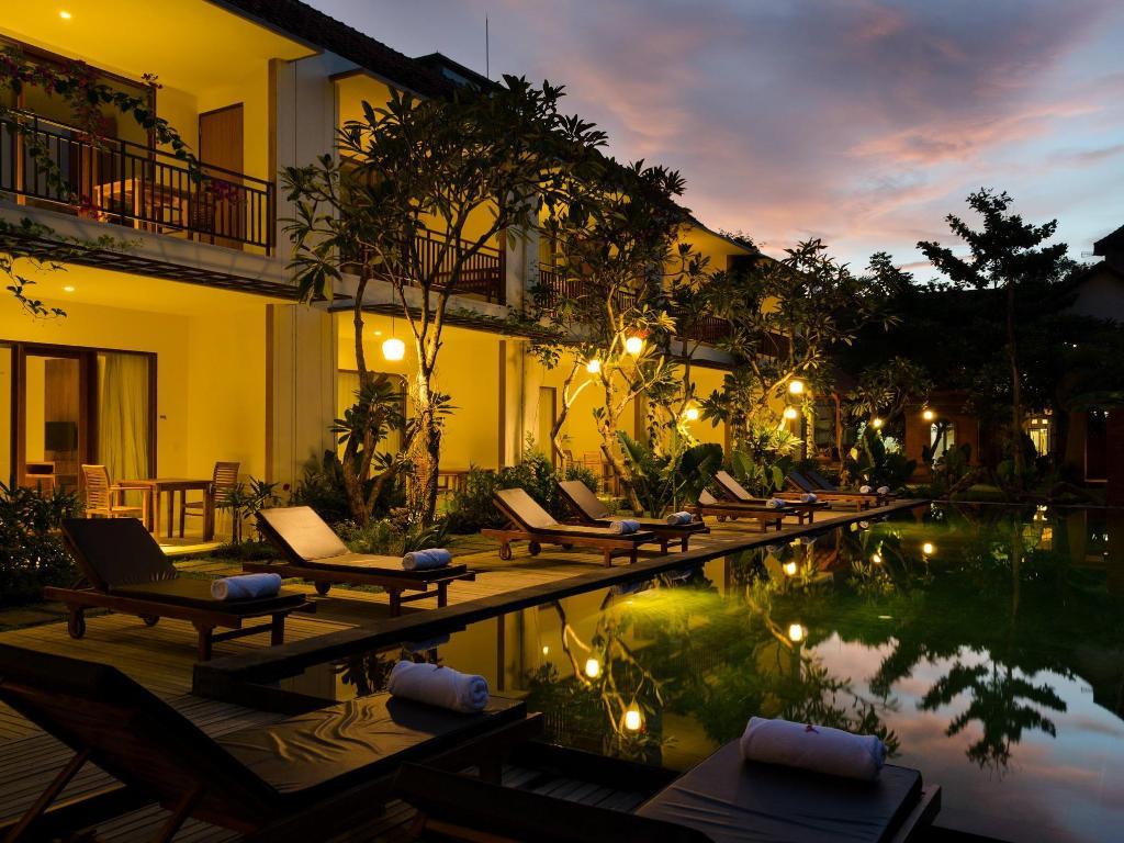 Best price on sapodilla ubud hotel in bali reviews for Best luxury hotels in ubud bali