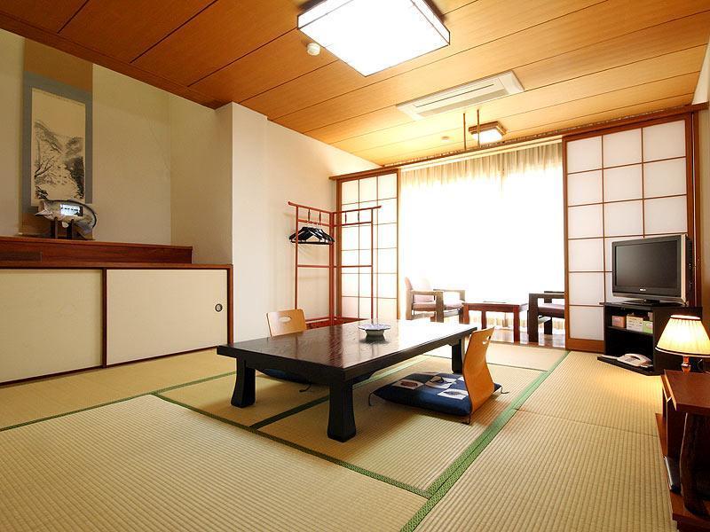 Sozukyo Onsen Nishiki Palace Hotel, Iwakuni