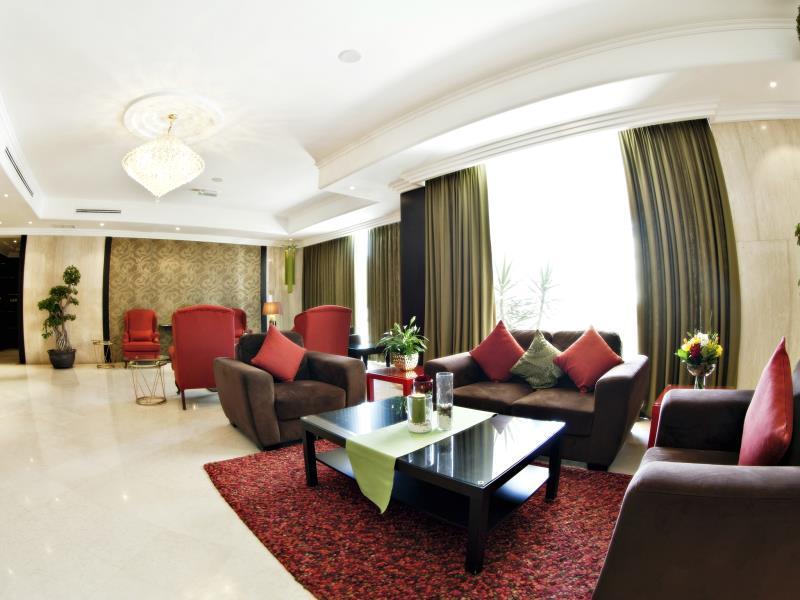Paradi City Suites,