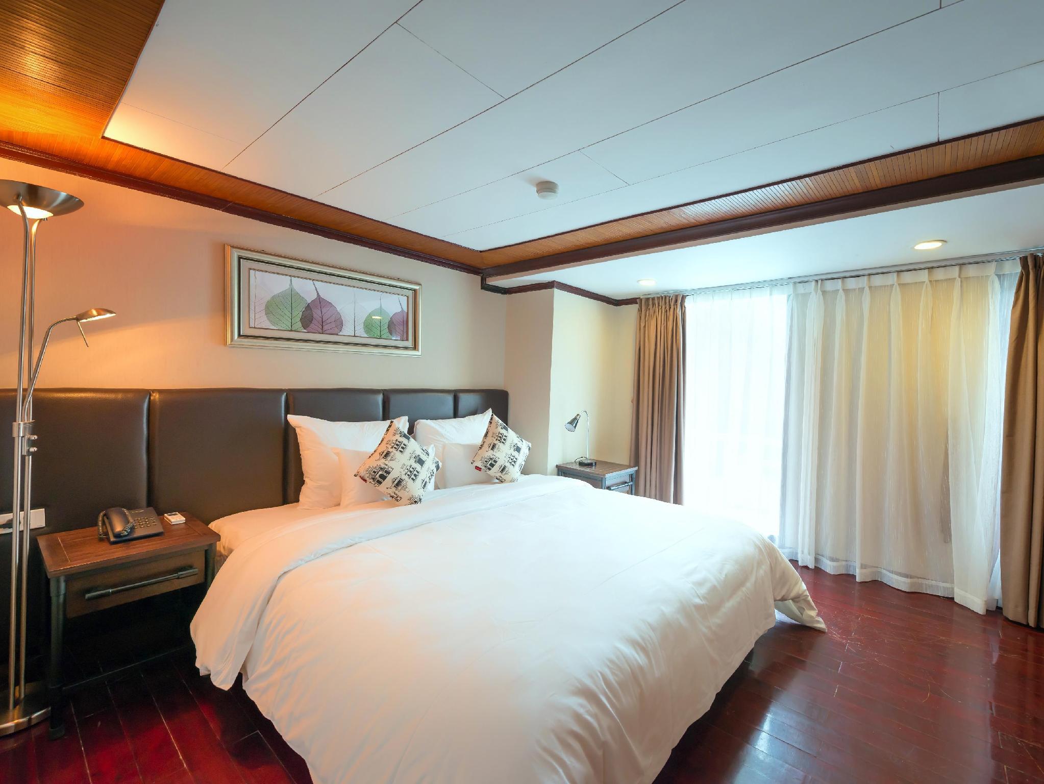 La Vela Classic Cruise Managed by Paradise Cruises, Hạ Long