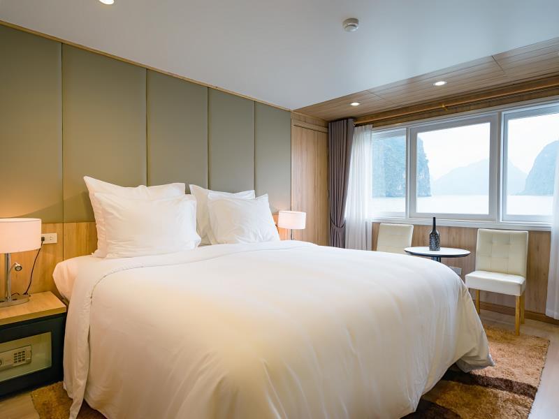 La Vela Premium Cruise Managed by Paradise Cruises, Hạ Long