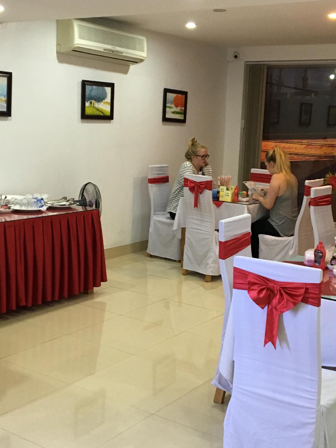 New Airport Hotel, Sóc Sơn