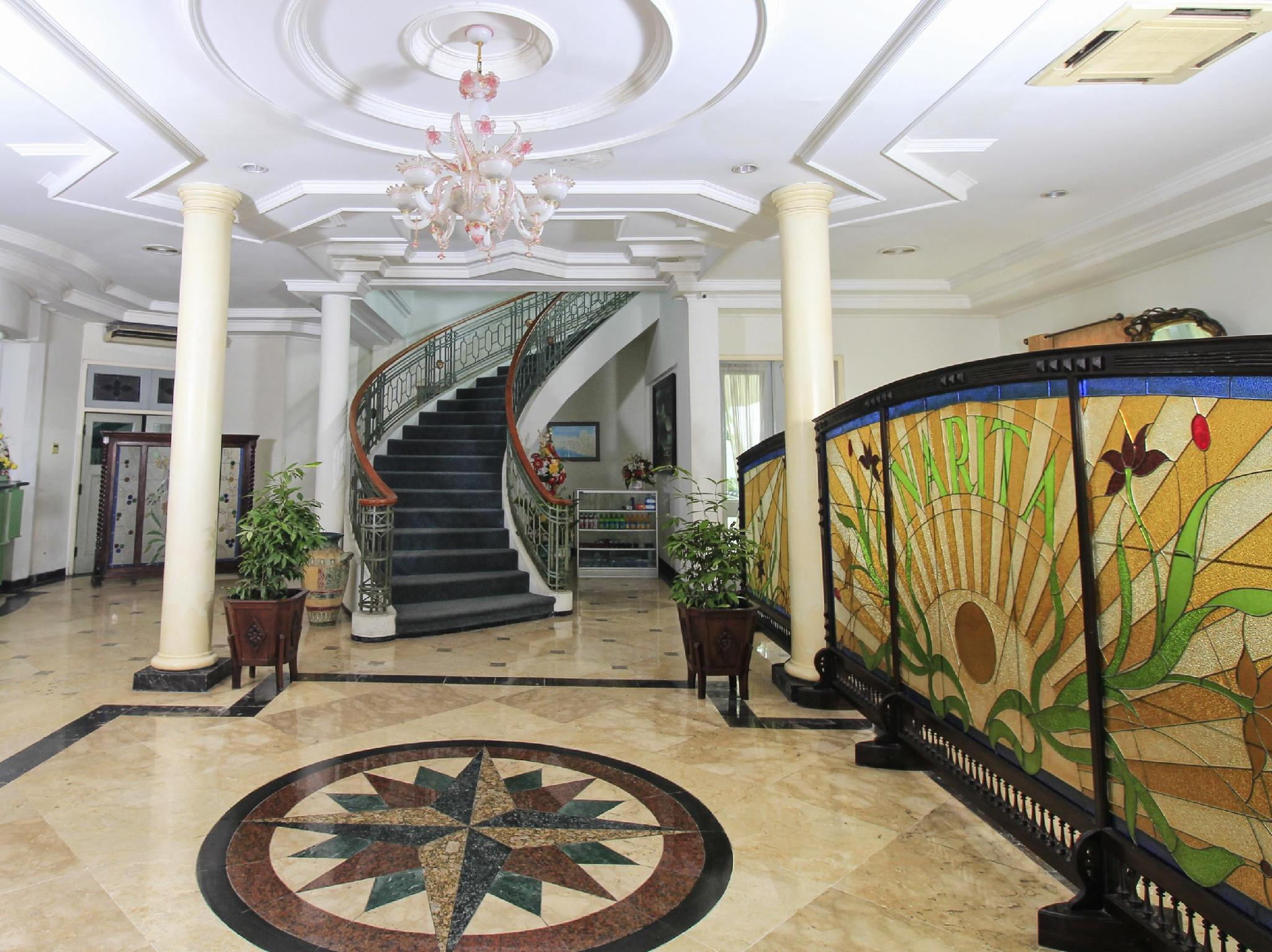 Bandar Narita Hotel, Solo